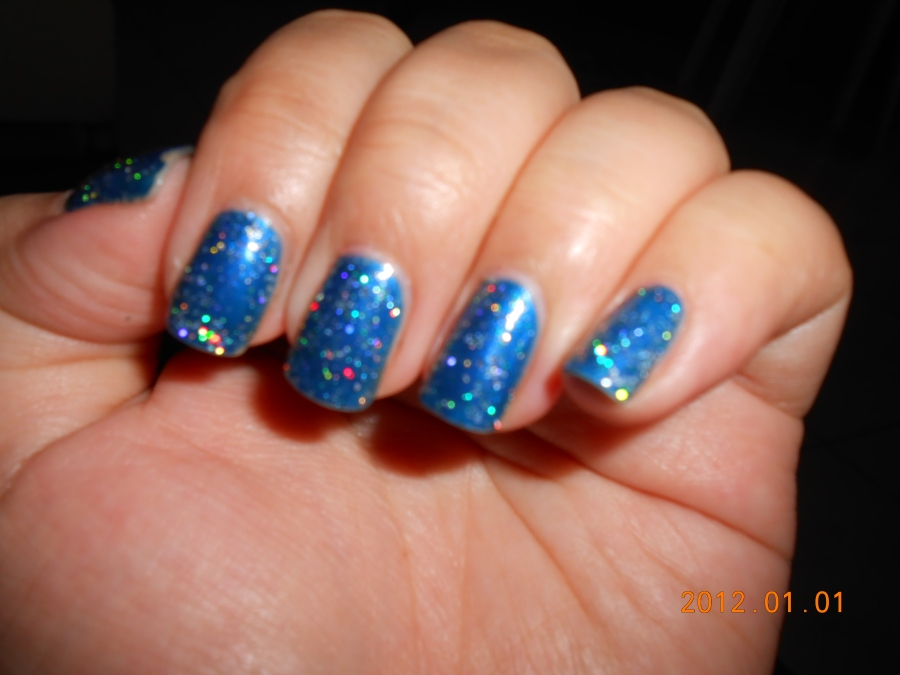 Project Mani: Sapphire Blue and Glitters